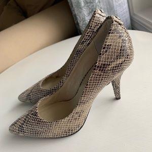 Michael Kors Unworn Snakeskin Heels Size 6.5
